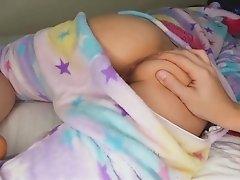 Freundin im Schlafen gefingert und gefickt