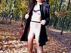 Walking NO PANTIES in Pantyhose #PUBLIC Autumn Park