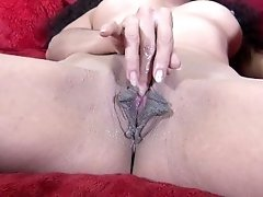 Milf Stepmom Rubs Her Pussy and Cums For You