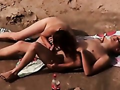 Voyeur. Blowjobs and sex on public beach
