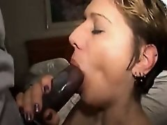 Cutie enjoys amateur oral sex as she likes my black dong
